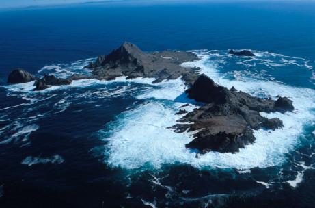the lightkeepers farallon islands
